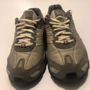 Nike shod
